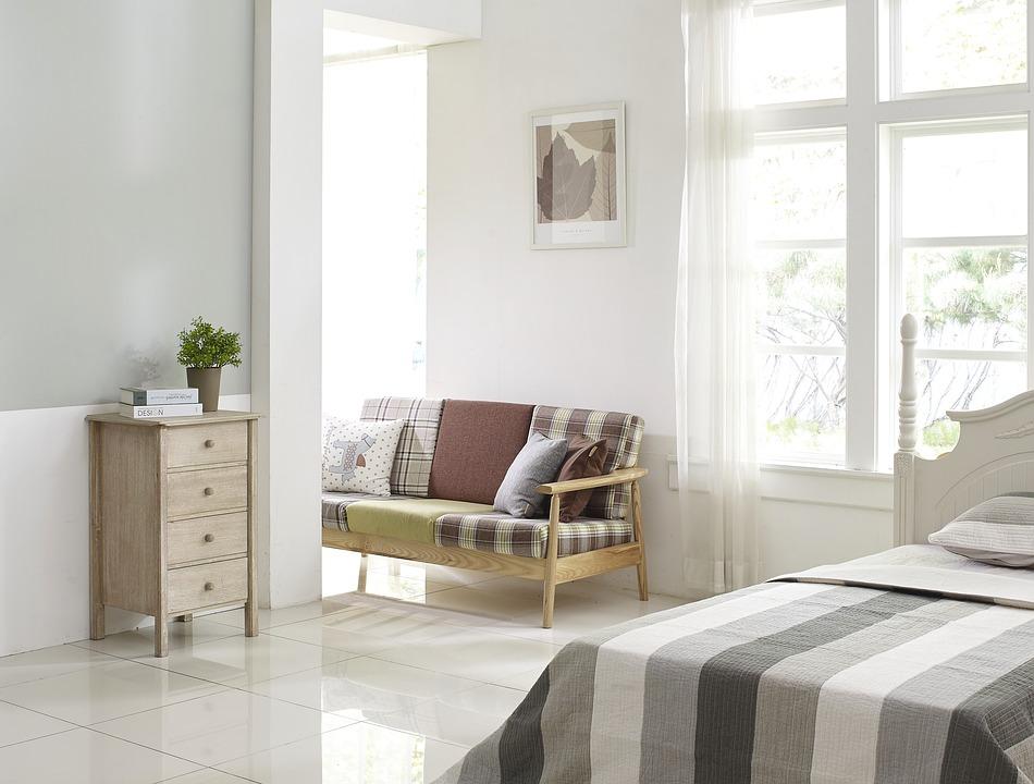 Aménager une chambre à coucher et une salle de bains: le choix du revêtement de sol