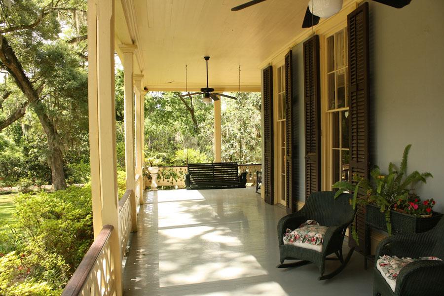 La porte-moustiquaire : une solution économique et pratique