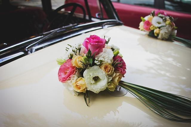 Décorations pour voiture de mariage
