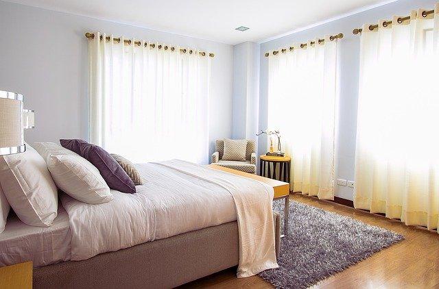Des tissus pour décorer une maison