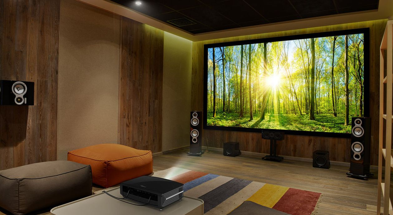 Regarder un film dans le cocon de chez soi