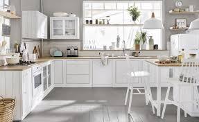 Comment décorer une cuisine blanche?