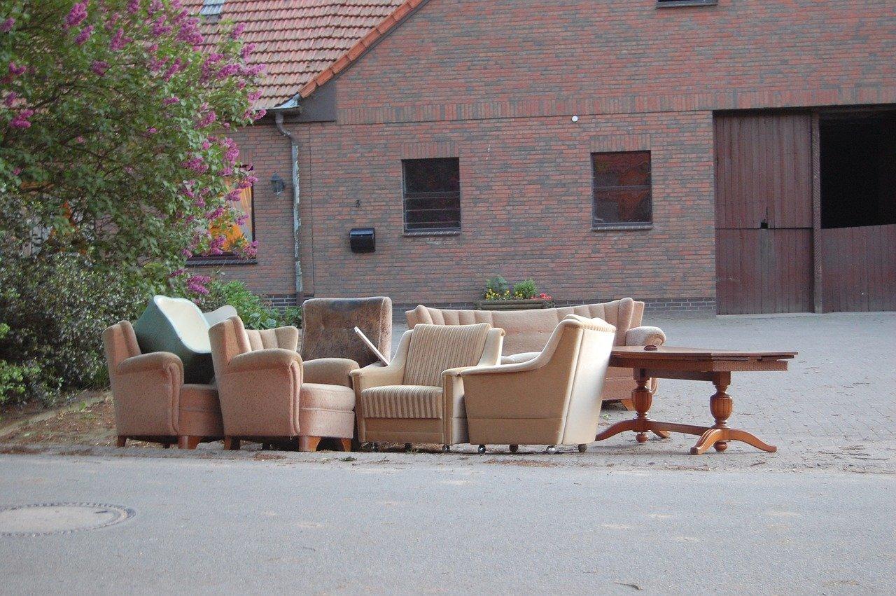 Les bons plans pour se débarrasser de vos meubles encombrants