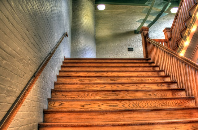 Choisissez la meilleure essence de bois pour votre escalier