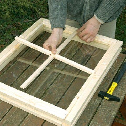 Comment fabriquer une fenêtre en bois sur-mesure?